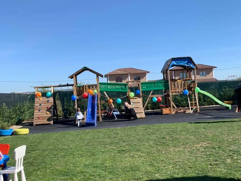 Casa jocurilor - Centru de activități și petreceri pentru copii