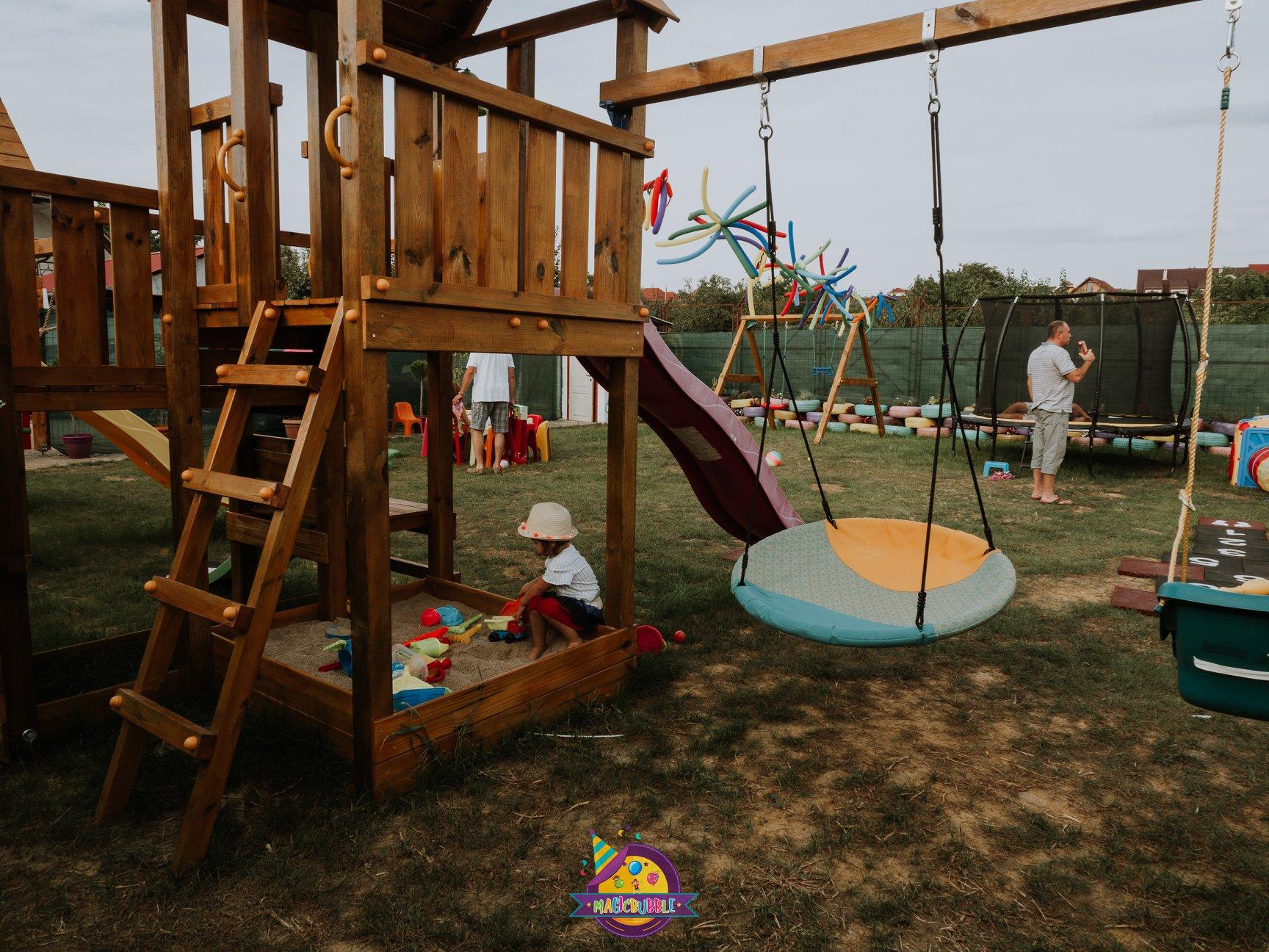 MagicBubble - Loc de joacă pentru copii